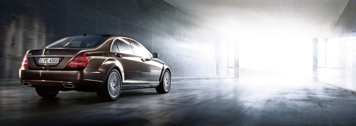 Mercedes Benz S-Class 01 is a car composing by Schalterhalle post production and Tobias Winkler - Retouching Munich.
