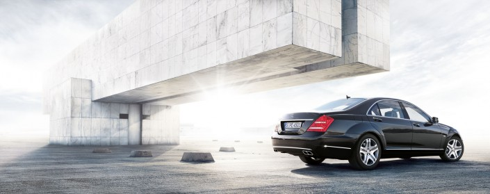 Mercedes Benz S-Class 05 is a car composing by Schalterhalle post production and Tobias Winkler - Retouching Munich.