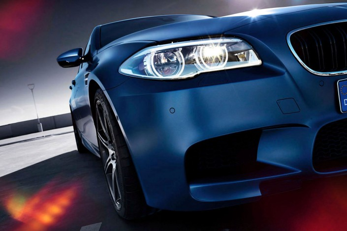 BMW M5 - Matt Paint 01 is a car look composing by Schalterhalle post production and Tobias Winkler - Retouching Munich.