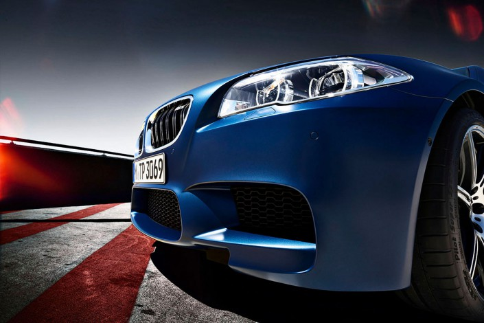 BMW M5 - Matt Paint 04 is a car look composing by Schalterhalle post production and Tobias Winkler - Retouching Munich.