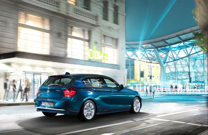 BMW 1er – Melbourne 03 ist ein Composing der Schalterhalle Postproduktion und Tobias Winkler - Bildbearbeitung München.
