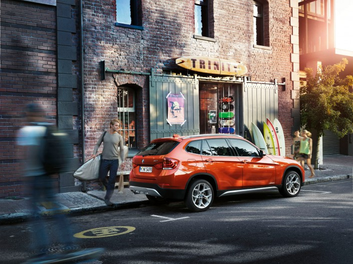 BMW X1 - Südafrika 02 ist ein Car Look Composing der Schalterhalle Postproduktion und Tobias Winkler - Bildbearbeitung München.