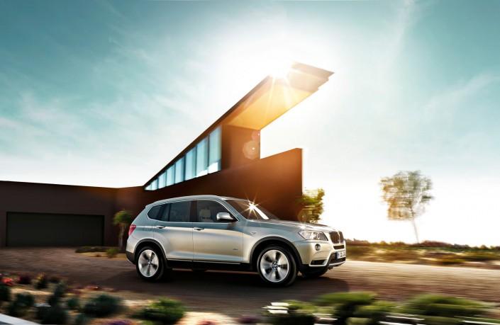BMW X3 02 Phoenix ist ein Car Look Composing der Schalterhalle Postproduktion und Tobias Winkler - Bildbearbeitung München.