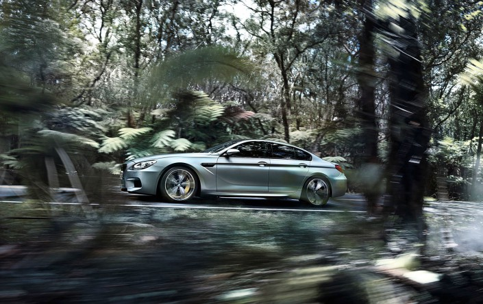 BMW M6 Gran Coupé Mattlack - Hawaii 2 ist ein Composing der Schalterhalle Postproduktion und Tobias Winkler - Bildbearbeitung München.