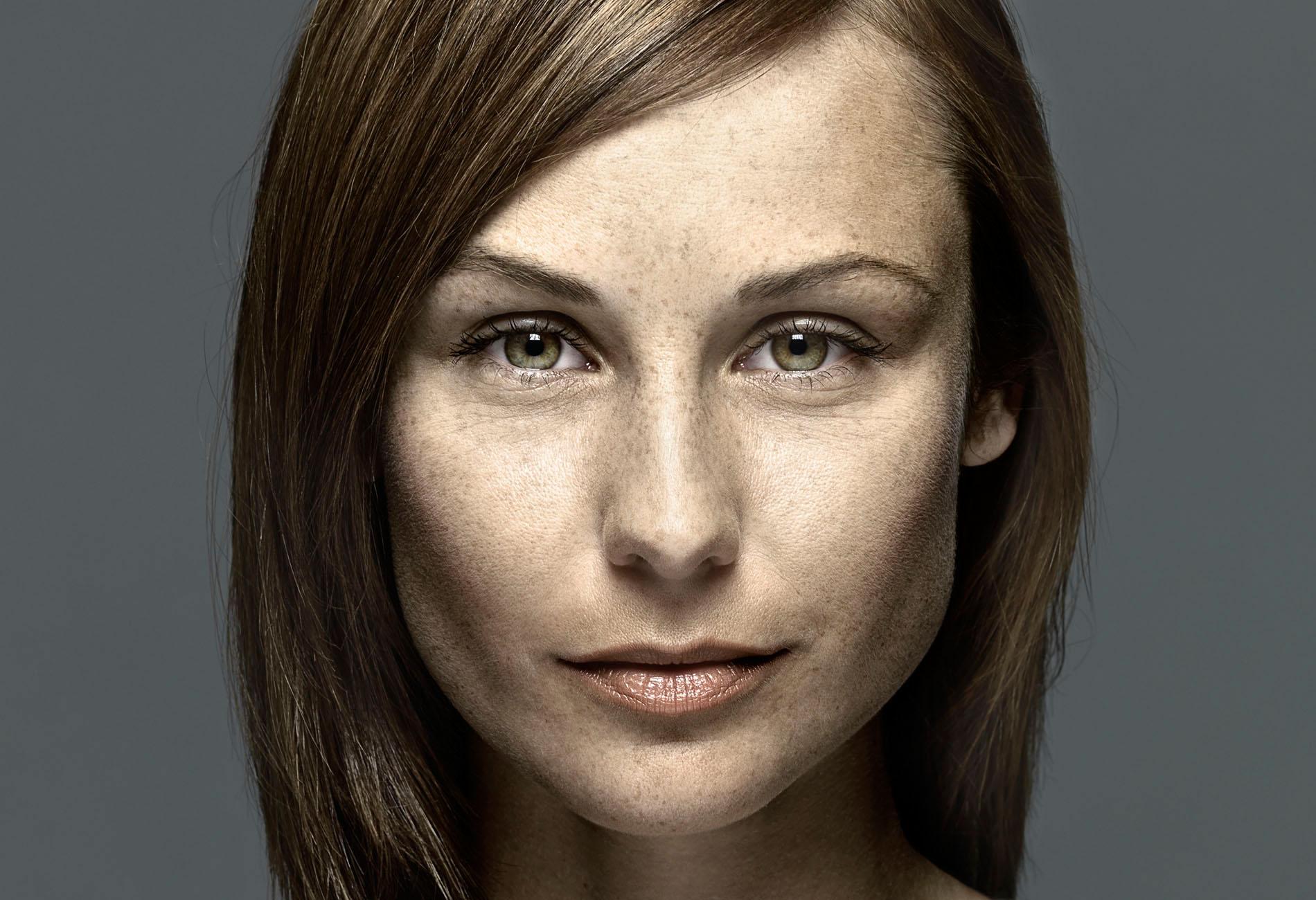 Portraitretusche ist ein Retusche Projekt der Schalterhalle Postproduktion und Tobias Winkler - Bildbearbeitung München.