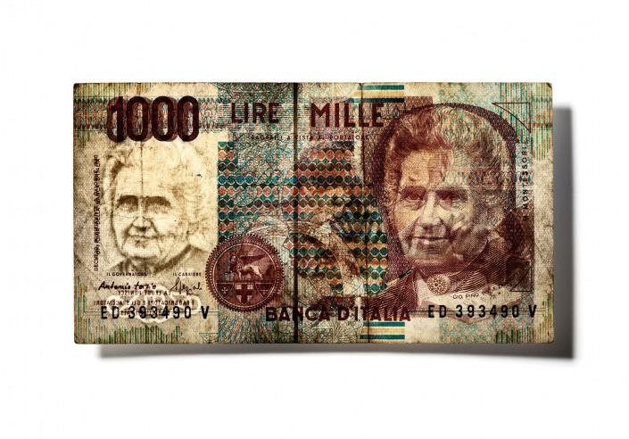 ITALIEN_V06 - Geldschein ist ein Kunst Retusche Projekt der Schalterhalle Postproduktion und Tobias Winkler - Bildbearbeitung München.