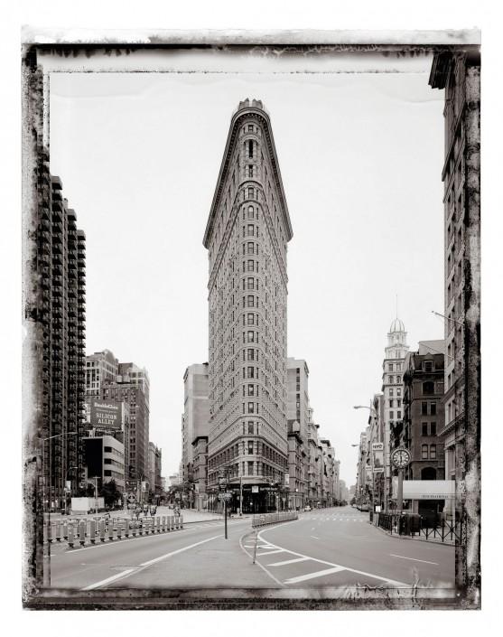 NEW YORK 2009 Flat Iron Building ist ein Kunst Retusche Projekt der Schalterhalle Postproduktion und Tobias Winkler - Bildbearbeitung München.