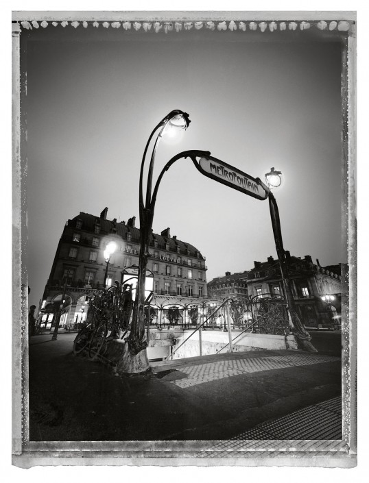 Paris 07 ist ein Kunst Retusche Projekt der Schalterhalle Postproduktion und Tobias Winkler - Bildbearbeitung München.