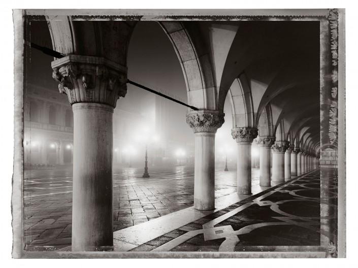 VENEZIA 2011 -04 ist ein Kunst Retusche Projekt der Schalterhalle Postproduktion und Tobias Winkler - Bildbearbeitung München.